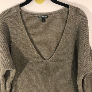 Express Brown V-Neck 3/4 Sleeve Knit Sweater